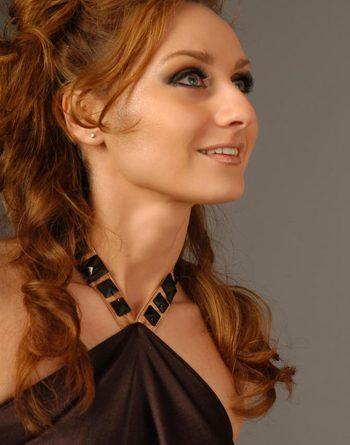 Schöne russische Frau